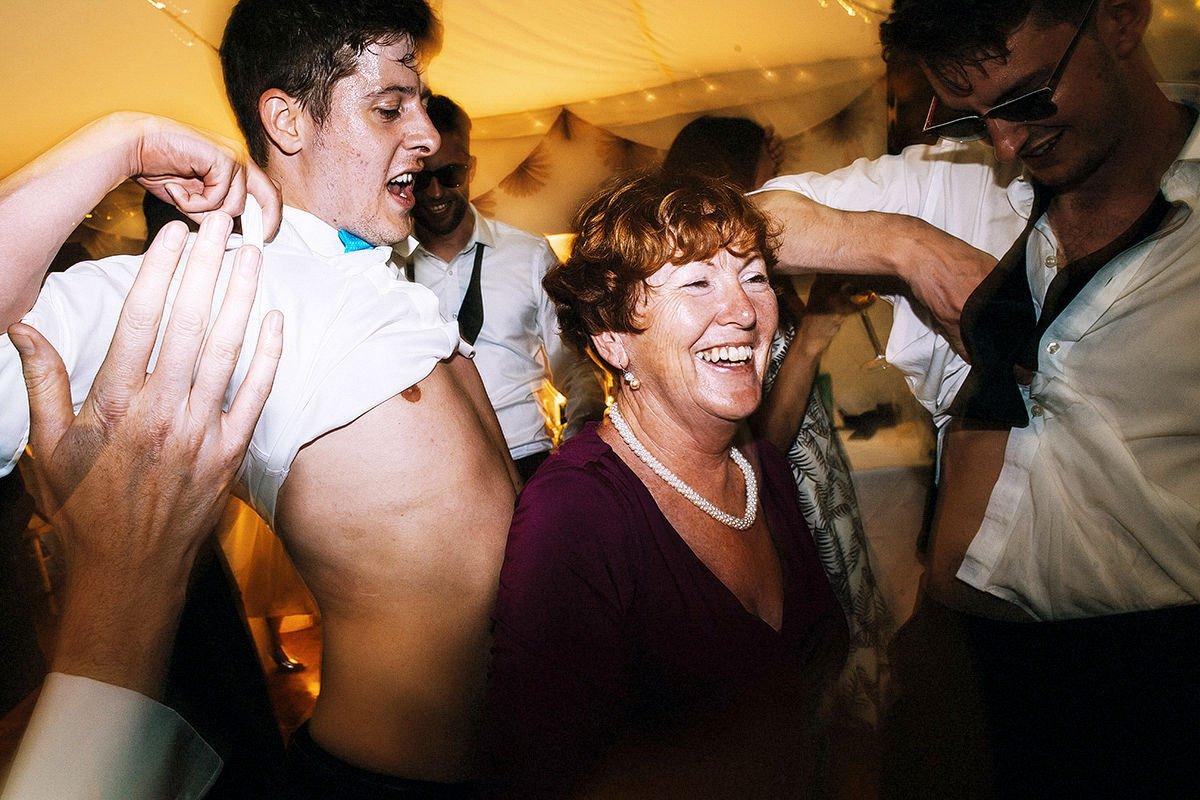 fun-wedding-photography-0016