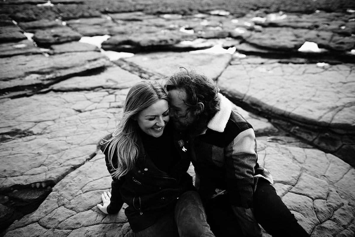 beach couple photoshoot
