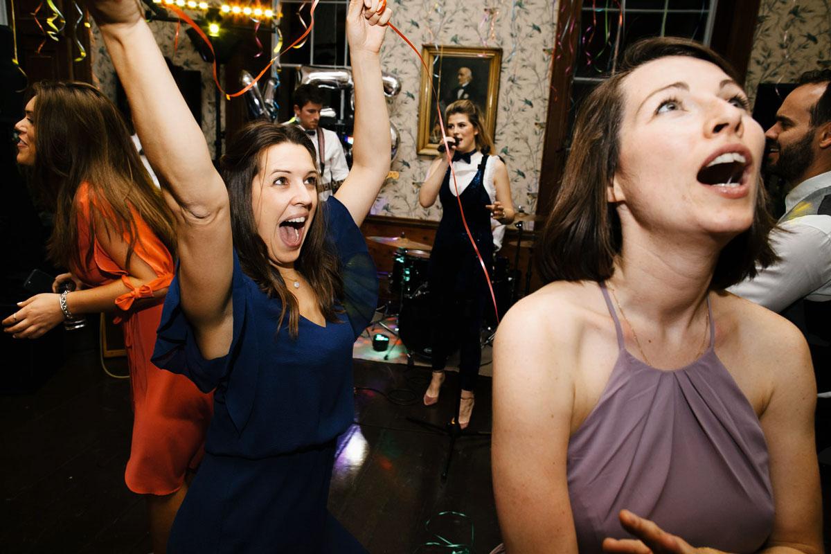 fun wedding photos