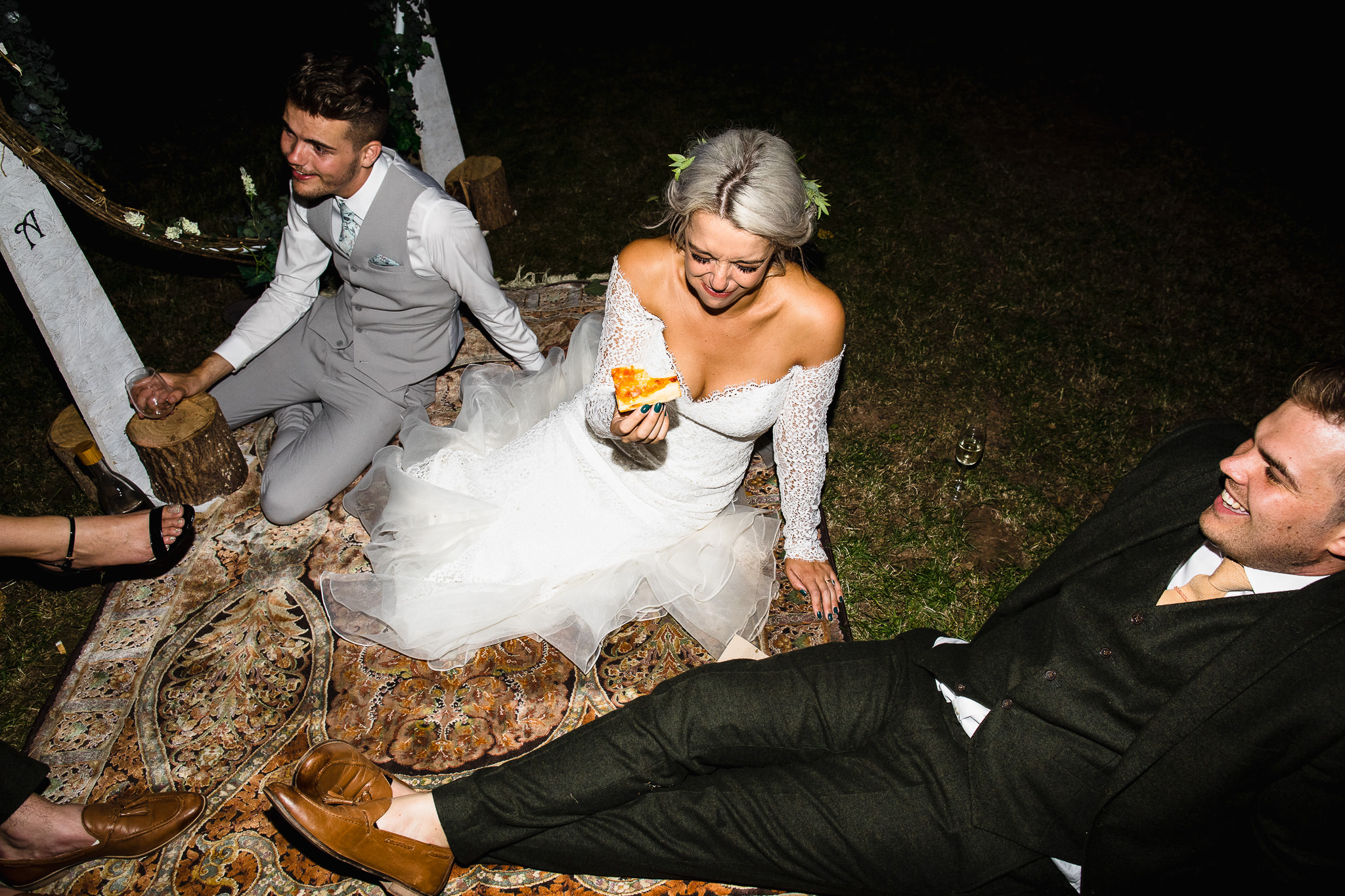 laid back wedding photography